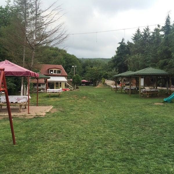 6/26/2016 tarihinde Özgür K.ziyaretçi tarafından Polonezköy Yıldız Piknik Parkı'de çekilen fotoğraf