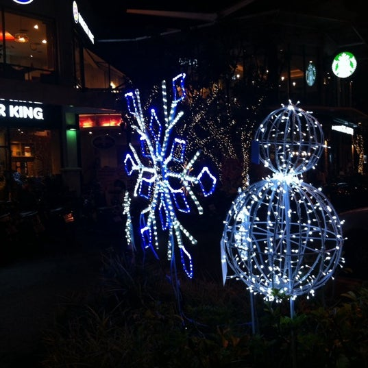 Photo taken at Thonglor Town Center by Pinku N. on 12/15/2013