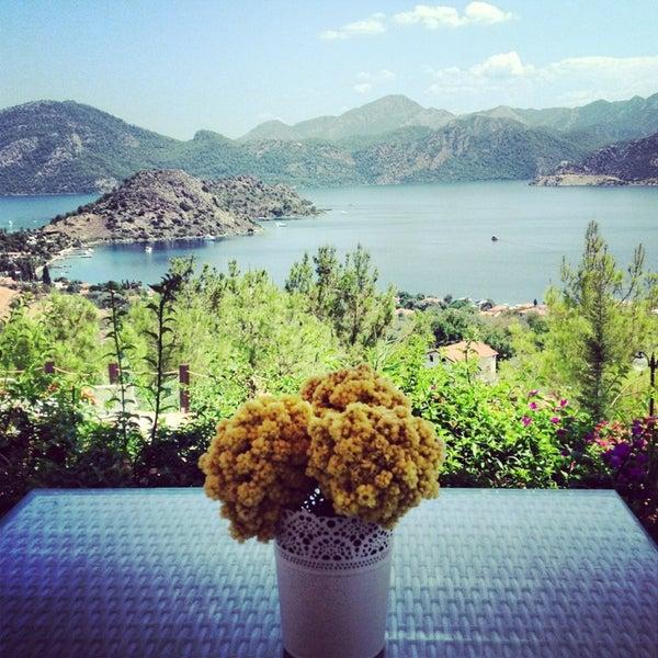 รูปภาพถ่ายที่ Loca Hotel โดย Ebru B. เมื่อ 7/18/2013