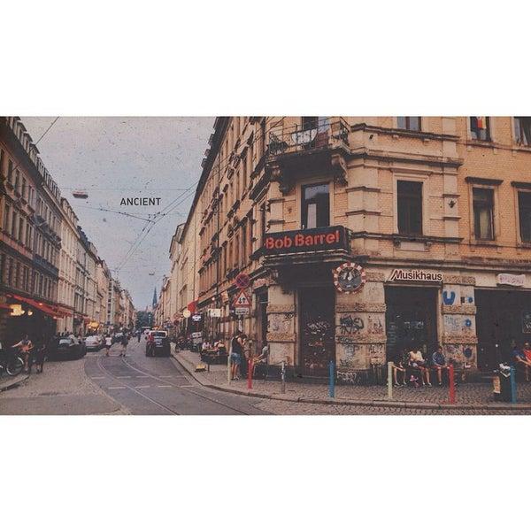 Photo taken at BRN - Bunte Republik Neustadt by Tien D. on 9/1/2014