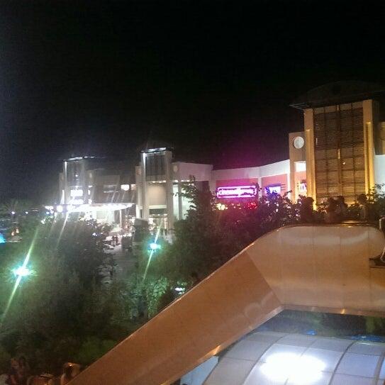 8/12/2013 tarihinde Fırat D.ziyaretçi tarafından Antalya Migros AVM'de çekilen fotoğraf