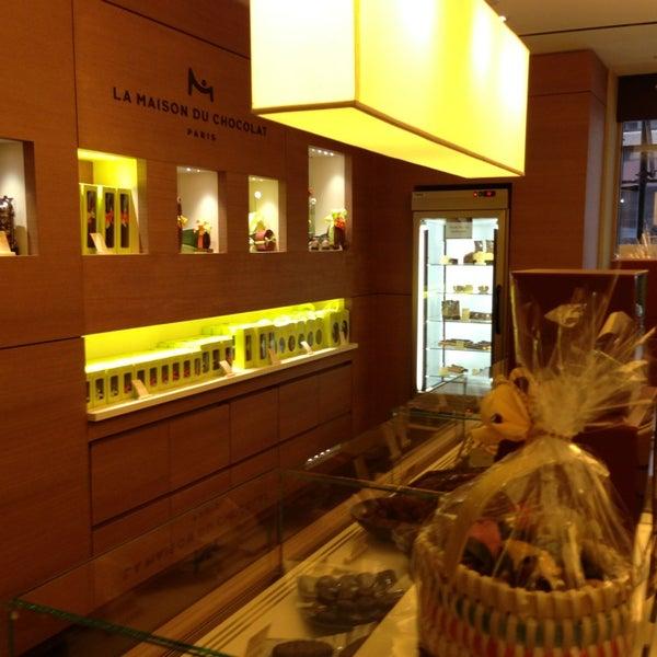 La maison du chocolat now closed financial district for La maison du carrelage balma
