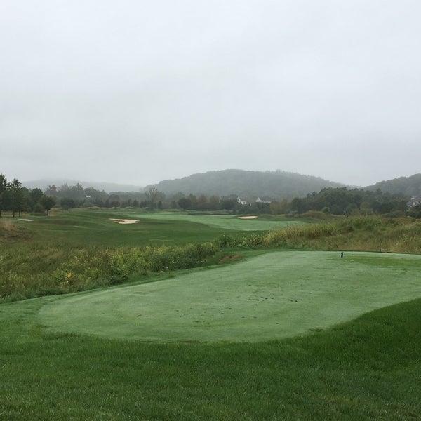Photo taken at Raspberry Falls Golf & Hunt Club by Sean M. on 10/1/2016