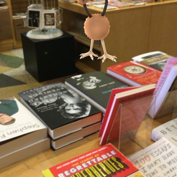 Foto tomada en Drama Book Shop por Andrea L. el 7/12/2016
