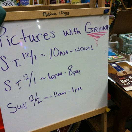 Photo taken at Changing Hands Bookstore by Temple S. on 11/29/2012