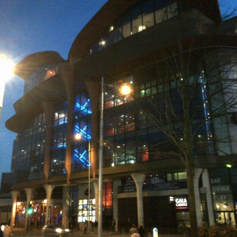 Photo taken at Cineworld by Andy G. on 11/14/2012