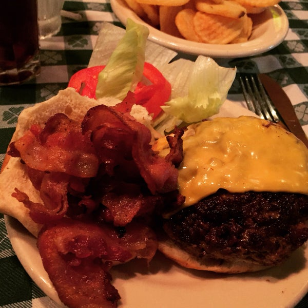 Experimente o bacon Cheeseburger, muito bom!!!
