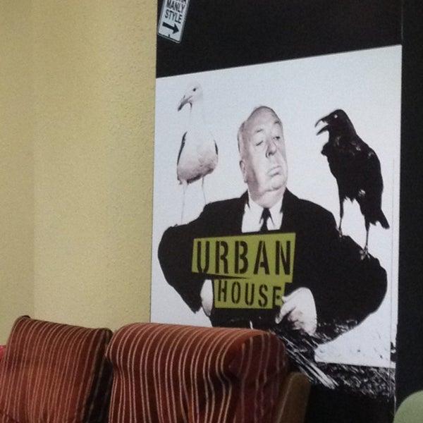 Foto tomada en Urban House Hostels por Tony M el 1/8/2013