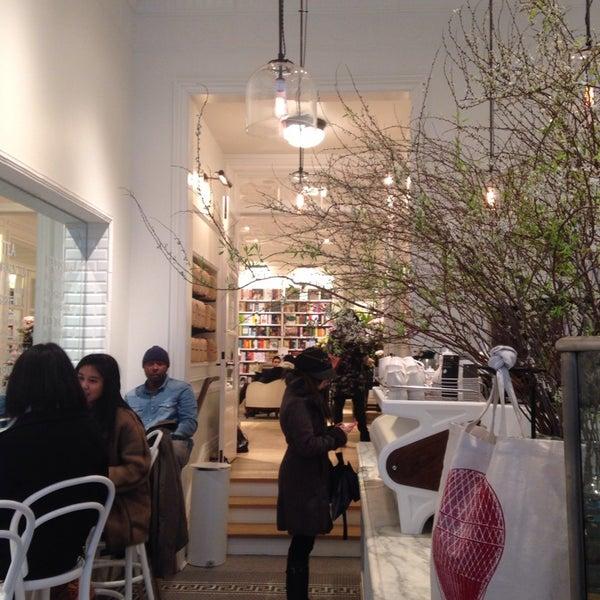 Foto scattata a Toby's Estate Coffee da Elliephant il 2/5/2014