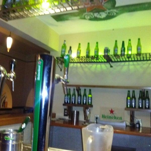 Photo taken at Cervecería San Luis by Josuè L. on 9/7/2013