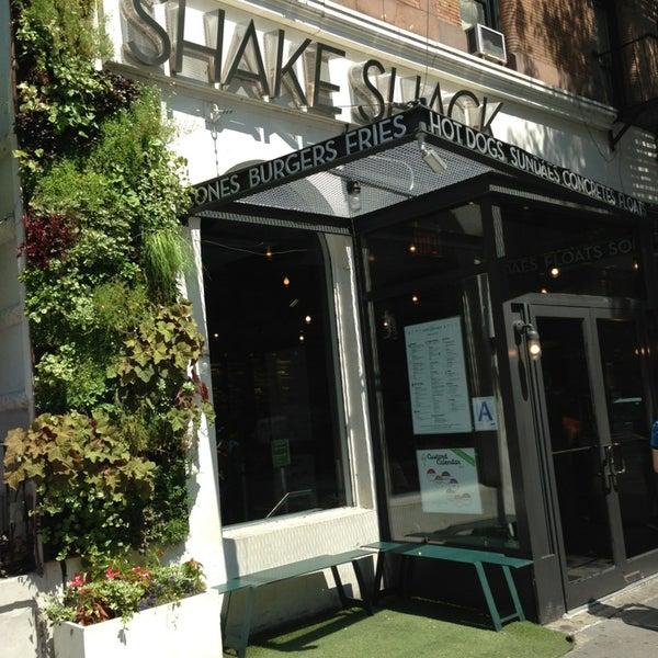 Photo taken at Shake Shack by Jiwon P. on 6/20/2013