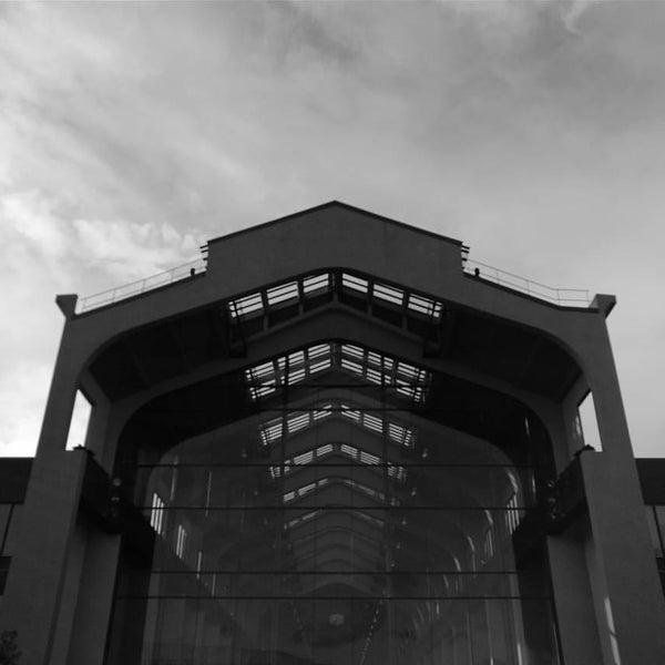 Das Foto wurde bei Cité du Cinéma von Anh P. am 4/11/2016 aufgenommen