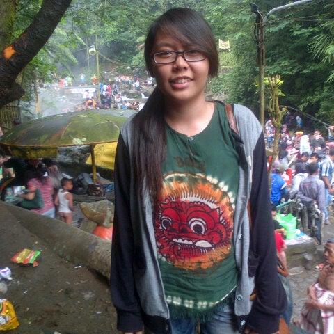 Photo taken at Pemandian Air Panas - Hotel Duta Wisata Guci by Alvina L. on 5/26/2013