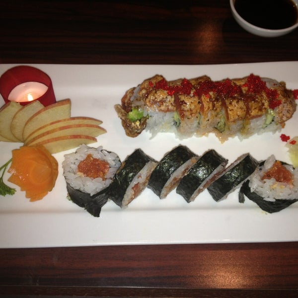 Blu fish sushi bistro 130 n northwest hwy for Best fish for sushi
