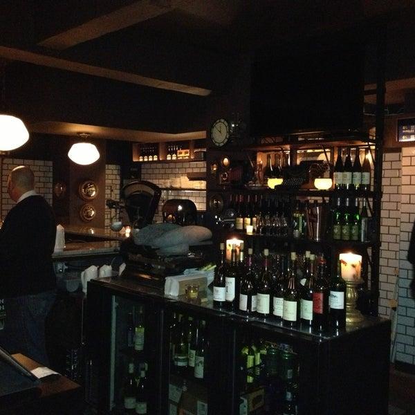 Photo taken at Vanguard Wine Bar by Scar3crow (. on 12/28/2012