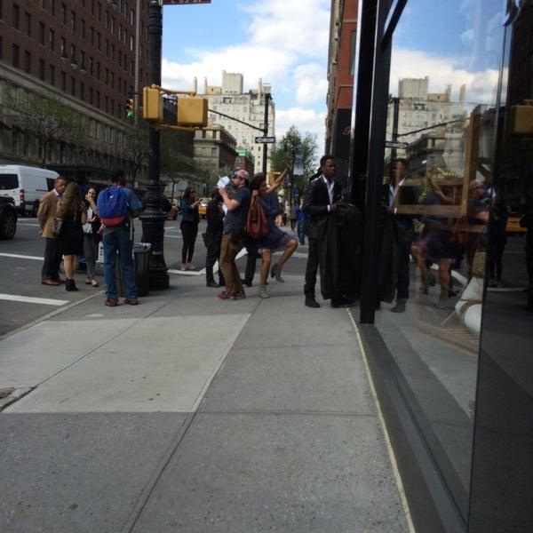 5/2/2014にChris B.がKate Spade New York Flagshipで撮った写真
