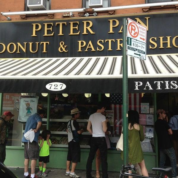 Photo taken at Peter Pan Donut & Pastry Shop by Yokhoo C. on 6/8/2013