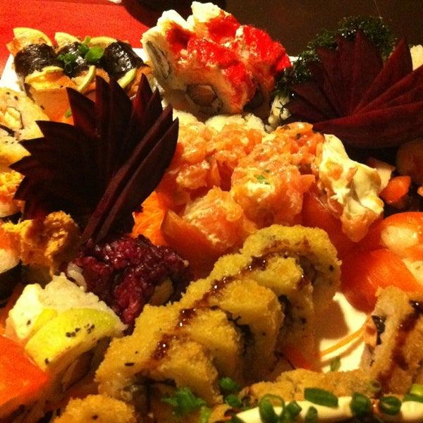 Foto tirada no(a) Hachi Japonese Food por Aparecido R. em 7/28/2013