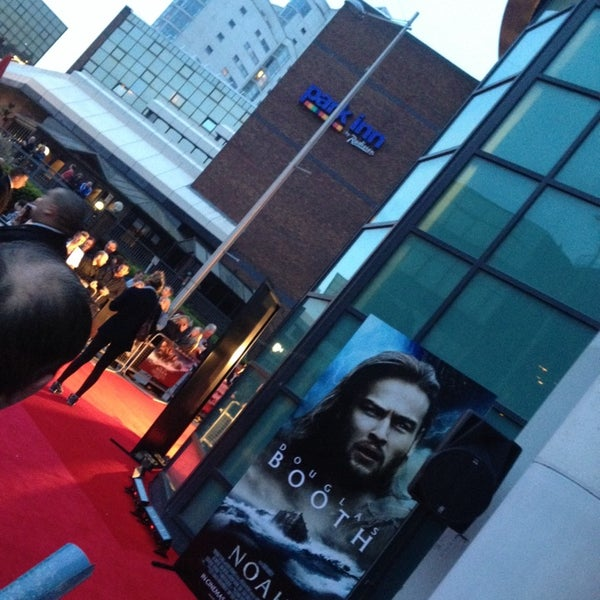 Photo taken at Cineworld by Essi S. on 3/29/2014