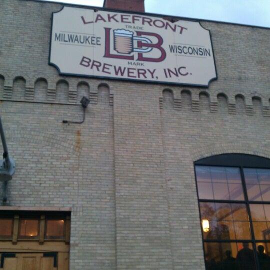Photo prise au Lakefront Brewery par Tanya S. le9/22/2012