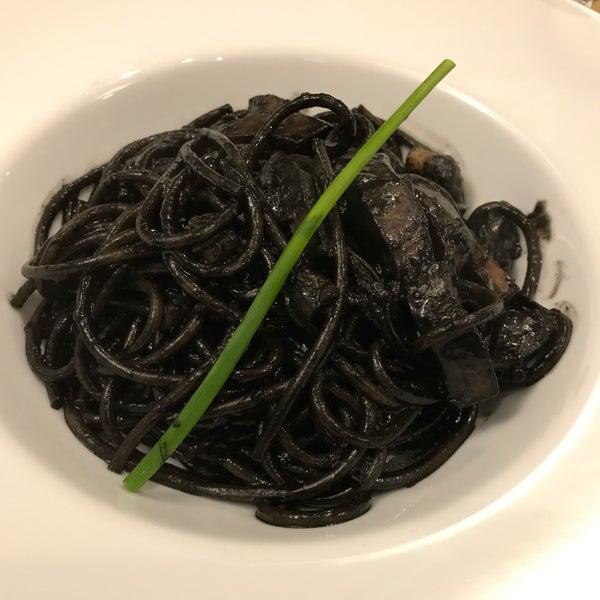 Spagretti al nero, delicioso!