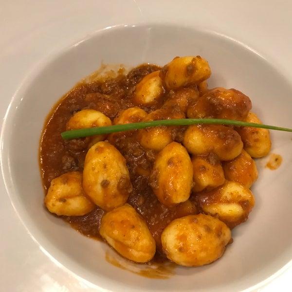 Gnocchi freschi al ragu, com uma textura perfeita!!!