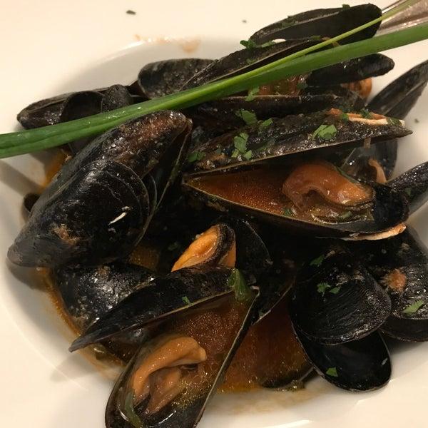 Sguazzetto di cozze, o melhor molho que já com, tudo em equilíbrio, acidez, pimenta, sal!