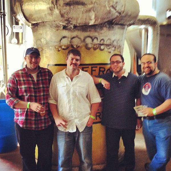 Photo prise au Lakefront Brewery par Michael P. le7/20/2013
