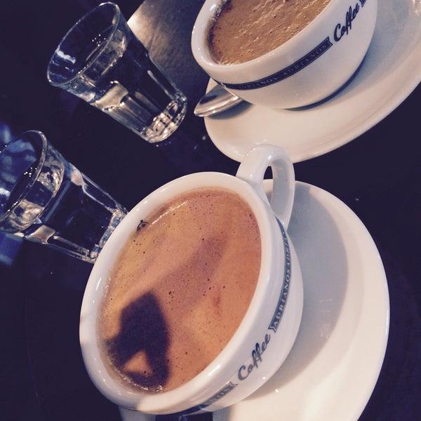 Foto scattata a Adriano's Bar & Café da Iva K. il 3/10/2015