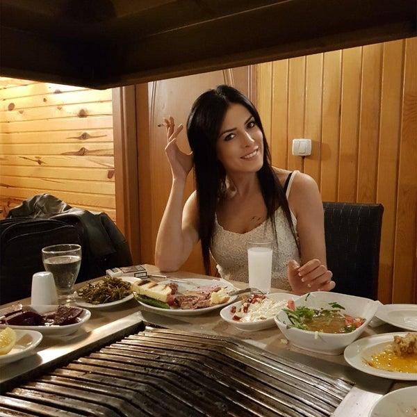 4/20/2018 tarihinde Asu .ziyaretçi tarafından Gölköy Restaurant'de çekilen fotoğraf
