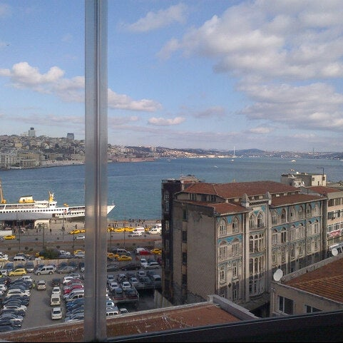 12/24/2012 tarihinde Hatiimioziyaretçi tarafından Legacy Ottoman Hotel'de çekilen fotoğraf