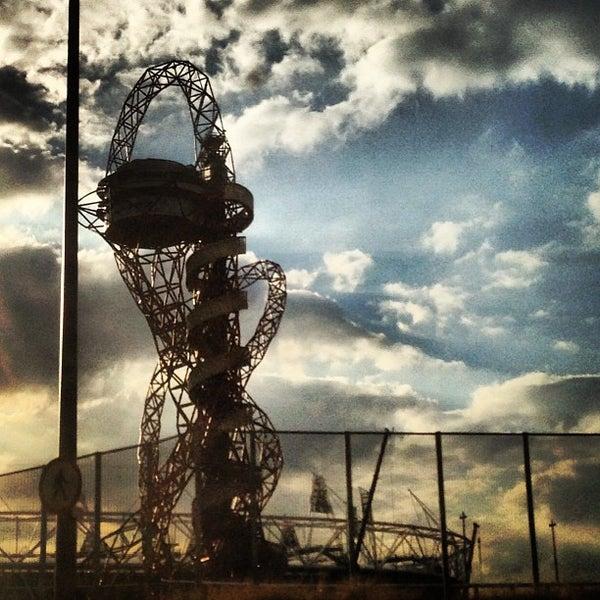 9/3/2013 tarihinde Andrew W.ziyaretçi tarafından Queen Elizabeth Olympic Park'de çekilen fotoğraf