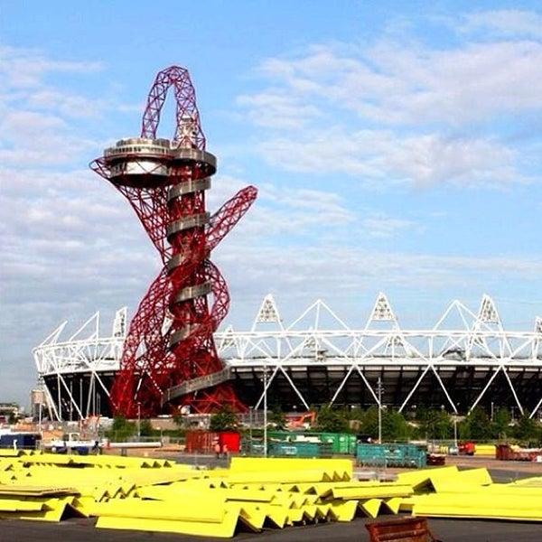 6/25/2013 tarihinde Andrew W.ziyaretçi tarafından Queen Elizabeth Olympic Park'de çekilen fotoğraf