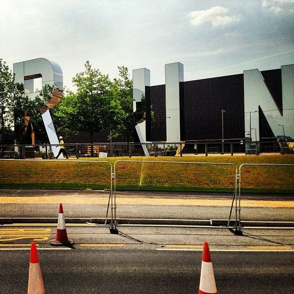 7/16/2013 tarihinde Andrew W.ziyaretçi tarafından Queen Elizabeth Olympic Park'de çekilen fotoğraf