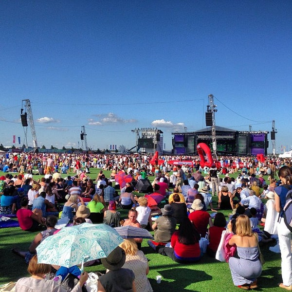 7/19/2013 tarihinde Andrew W.ziyaretçi tarafından Queen Elizabeth Olympic Park'de çekilen fotoğraf