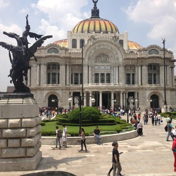Foto tomada en Palacio de Bellas Artes por Ana N. el 7/13/2013