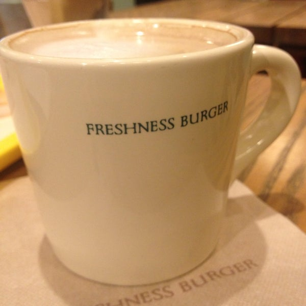 Photo taken at Freshness Burger by W Y. on 4/24/2014