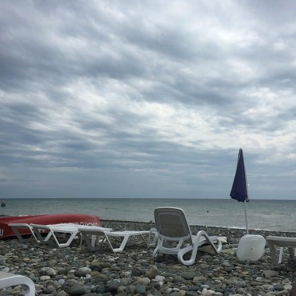 Снимок сделан в Radisson Blu Resort Beach пользователем N 8/14/2016