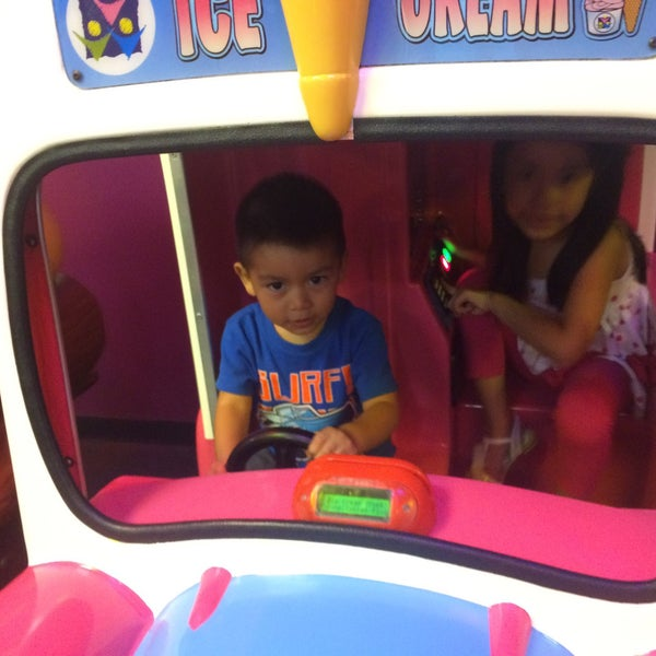 Photo taken at Peter Piper Pizza by Carlos M. on 8/6/2015