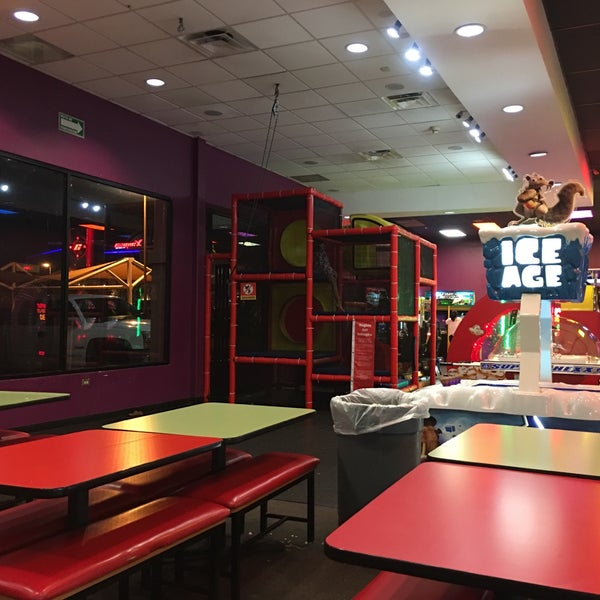 Photo taken at Peter Piper Pizza by Carlos M. on 7/20/2017