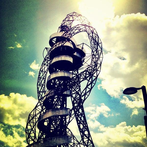 7/28/2013 tarihinde Dirk S.ziyaretçi tarafından Queen Elizabeth Olympic Park'de çekilen fotoğraf