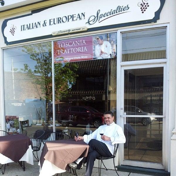 Foto tomada en Toscania Trattoria por Jose el 5/1/2014