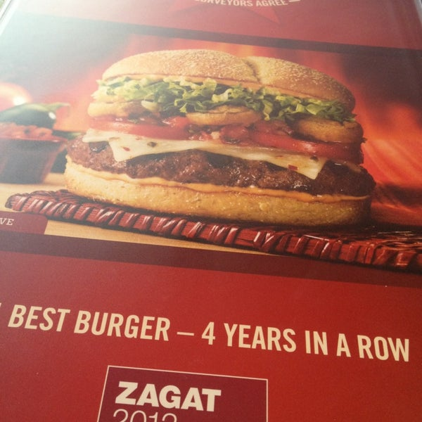 Photo taken at Red Robin Gourmet Burgers by Karcher M. on 9/21/2013