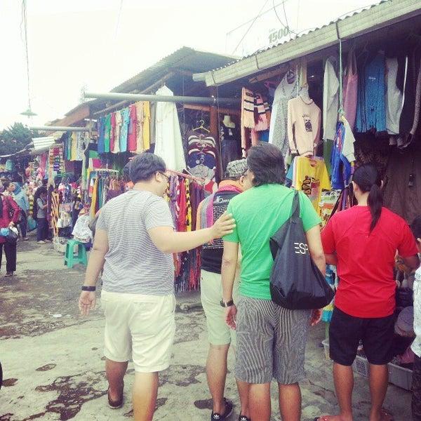 Photo taken at Pasar kaget berastagi by Mamat J. on 1/12/2013