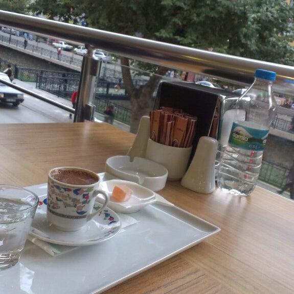 9/21/2013 tarihinde Caner Ç.ziyaretçi tarafından Canoğlu Pastanesi'de çekilen fotoğraf