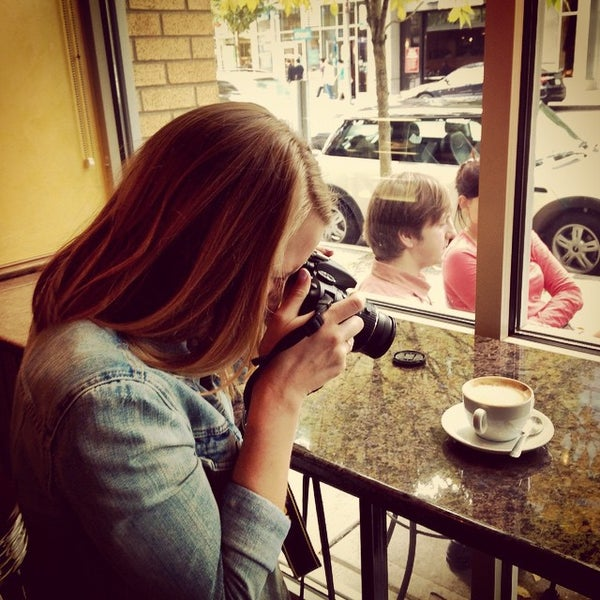 Photo taken at Espresso Vivace by Dave M. on 10/4/2014