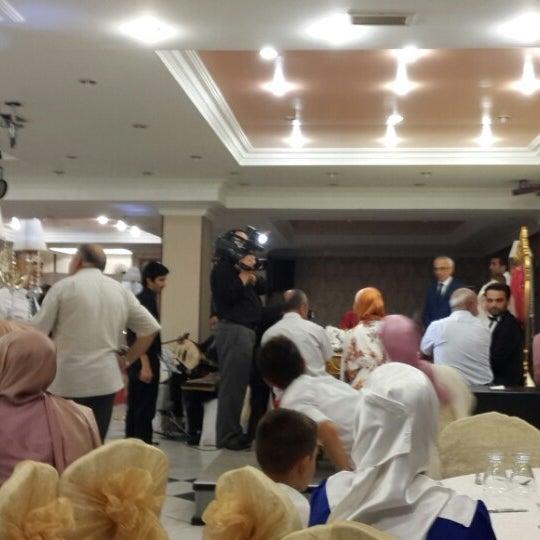 8/17/2013 tarihinde Melek A.ziyaretçi tarafından Hacegan Restaurant'de çekilen fotoğraf