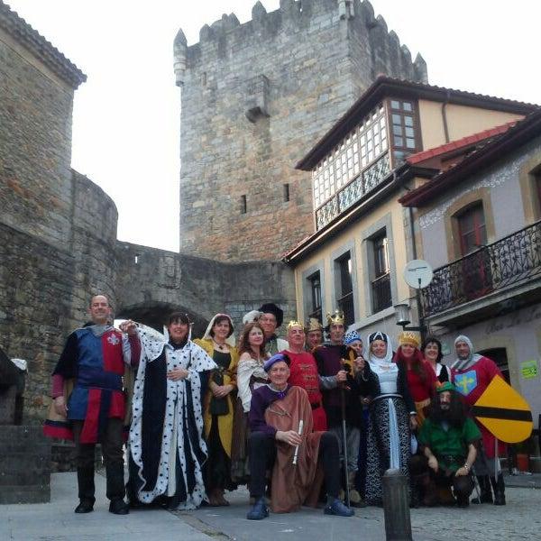 Foto tomada en Castillo de Valdés Salas por Maria M. el 3/30/2014