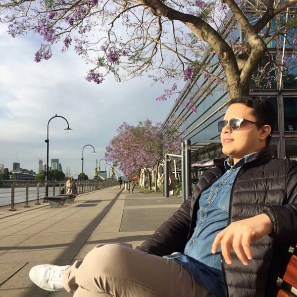 Photo taken at Puerto Madero by Bruno M. on 11/25/2017