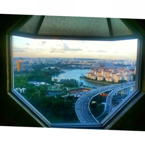 Photo taken at The Ritz-Carlton Millenia Singapore by Hydn E. on 9/5/2013